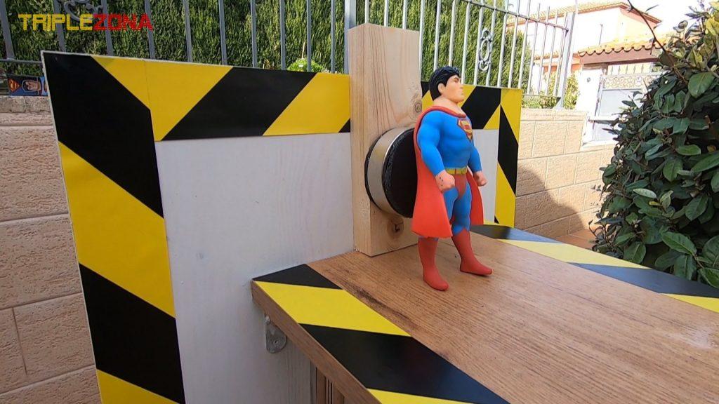 Stretch superman