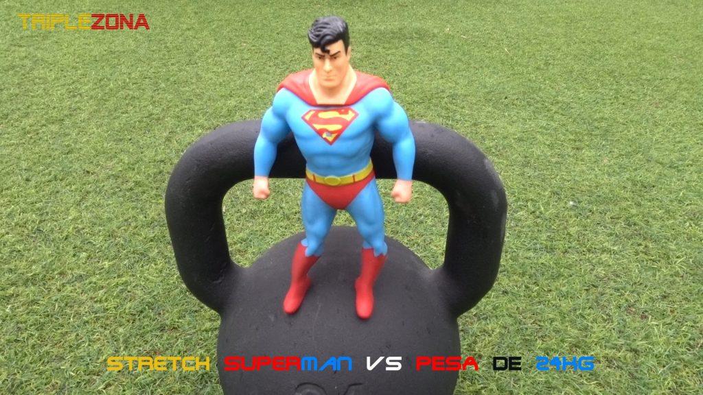 Strech Superman vs Pesa de 24 kg