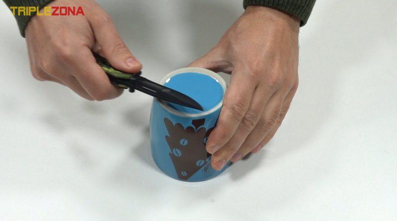 Afilar uchillo con taza ceramica