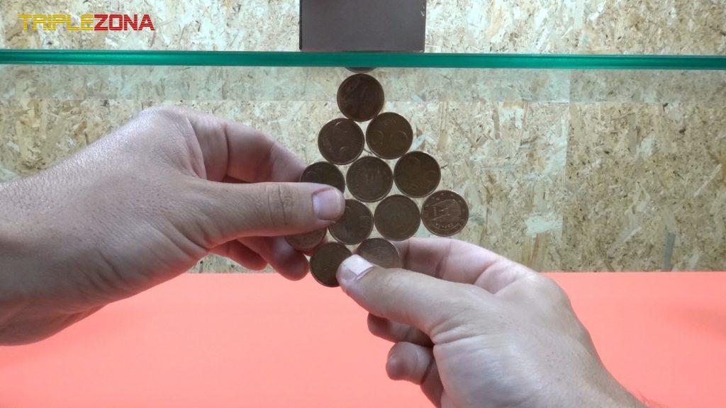 Creando figuras con monedas imantadas