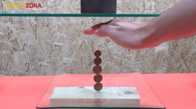 Haciendo levitar monedas con un iman