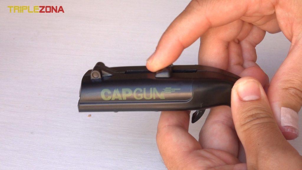 Cargar pistola de chapas