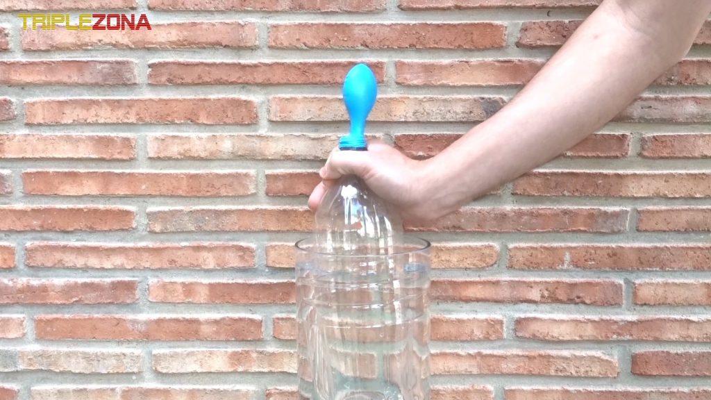 Inflando globo con presion de agua