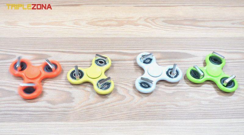 Cuatro spinners magnéticos girando